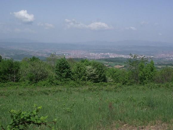 Поглед ка Крагујевцу са видиковца на Врлетници