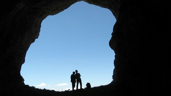 Поглед из пећине на Увитој греди