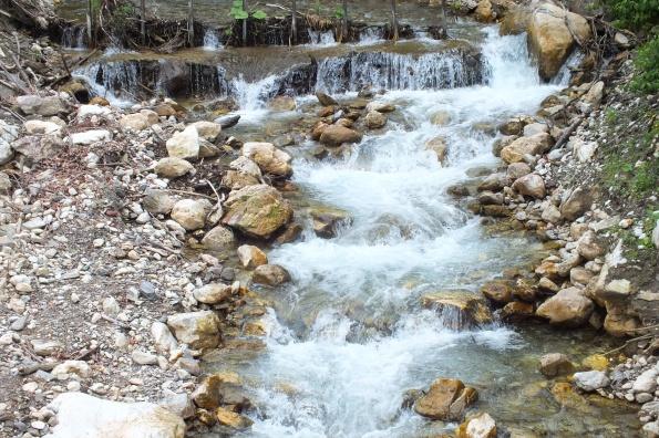 Црна Река испод манастира