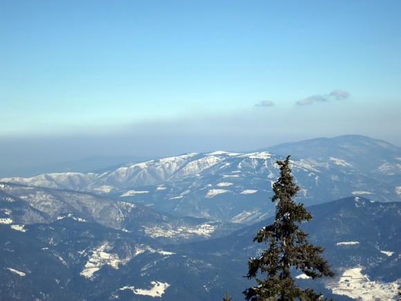 Кавгалија и Равна планина - Црни врх